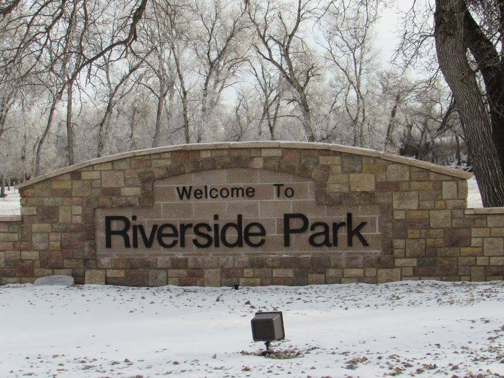 RiversideParkSIgn
